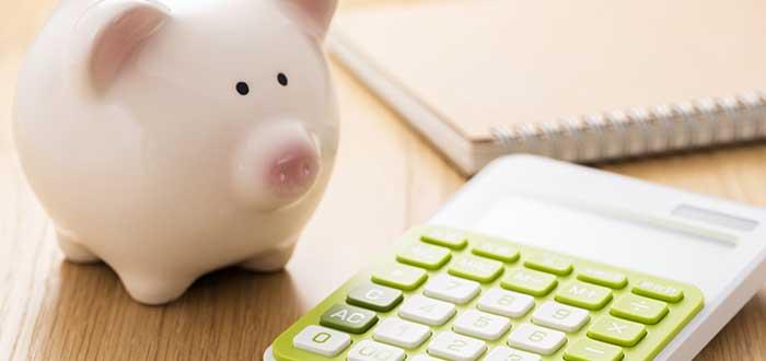 calculadora y alcancía para costear